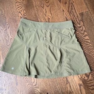 Athleta pleated skirt